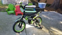 "Kids supercycle 14"" Surrey"