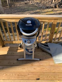 CharBroil Small Gas Grill Mechanicsville, 20659