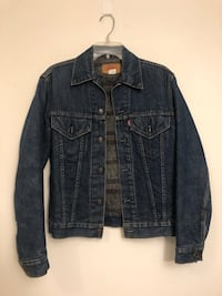 blue denim button up jacket Toronto, M6K 0A4