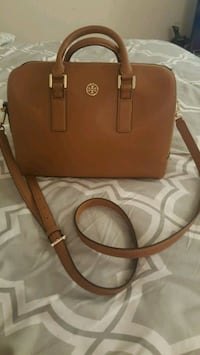 Tory burch crossbody  Falls Church