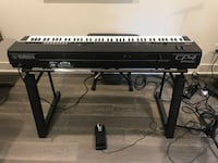 YAMAHA CP4 stage piano- like new with $400 gator case, $300 professional Yamaha stand & bench all included. Santa Ana, 92703