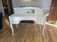 Pottery Barn desk  Fort Mill, 29715