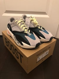 Yeezy Boost 700 sz10 Deadstock Rolling Meadows, 60008