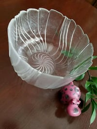 Gorgeous glass bowl Kitchener, N2H 2J2