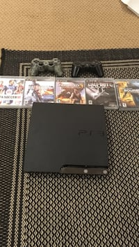 PS3 + 2 controllers + 5 games  Barrie, L4N 9N7