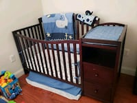 baby's brown wooden crib Miami, 33177