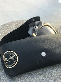 Ray-Ban sunglasses with case Gaithersburg, 20877