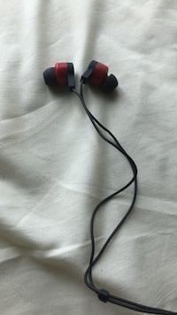white and red corded headphones Arlington, 22207