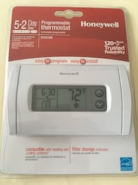 Honeywell programmable thermostat. Unopened. Potomac, 20854