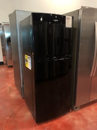 Perfect Whirlpool Refrigerator for Garage or Small Apartment