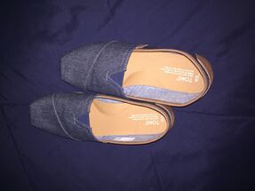 Tom's - Men's size 11 (Denim)