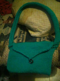Knitting purse 451 mi