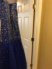 Royal blue formal prom dress. New condition. Only worn once. XL Jacksonville, 32218