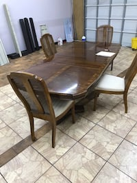 Solid wood 8ft dining room table Greenwood Village, 80111
