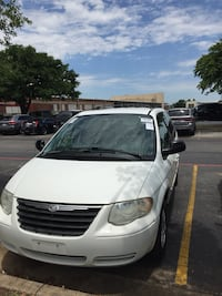 Chrysler - Town and Country - 2007 Dallas