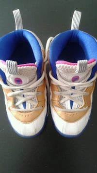 Nike toddlers shoes sz 8C  Forestville, 20747