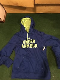 Blue and yellow Under Armour pullover hoodie Kansas City, 64118