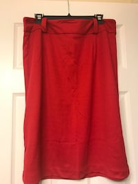 Woman's Size 18 Skirt Red (zipper&clasp) Sumter, 29154