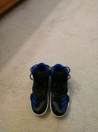 Adidas basketball shoes Gresham, 97030