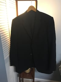 black notch lapel suit jacket Springfield, 22152