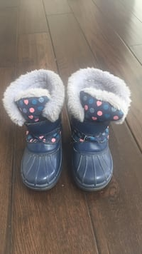 Size 12 Cougar girls blue winter boots Richmond Hill, L4C 9S5