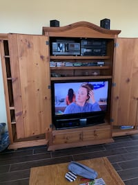 Beautiful pine TV armoire with matching bookcases Alexandria, 22310