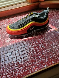 Brand new air max size 11