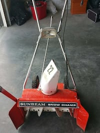 Works like a charm.. snow blower for hard winters Calgary, T3M 1V8