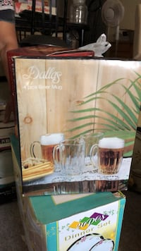 Beer mugs in box Surrey, V3S 7W7