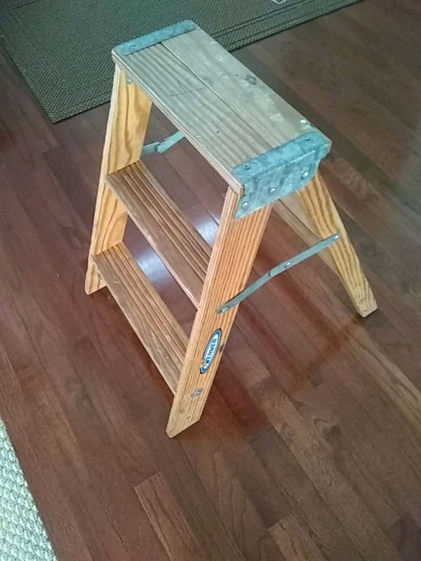Used Wooden Step Ladder 2 Steps For