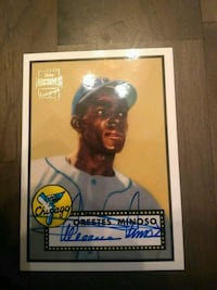 Topps Archives Minnie Minoso autographed card Fairfax, 22032