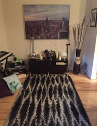 "Rug, high pile, gray, black, 4 ' 4 ""x6 ' 5 "" 28 km"