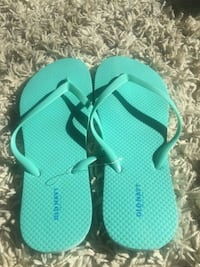 teal and white flip flops Toronto, M3L 1P4