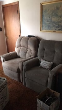 Recliner electric Woonsocket, 02895