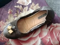pair of black leather flats Edmonton, T5N 2Z1