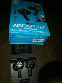 Jlab air executive ear buds with leather case