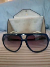 black framed eyeglasses with case Toronto, M9W 1M1