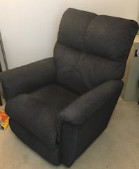 LAZY-BOY Recliner Silver Spring