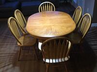 Solid oak wood table with 6 chairs Chambersburg, 17202