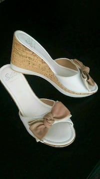brown-and-white Sotto Sopra wedge sandals