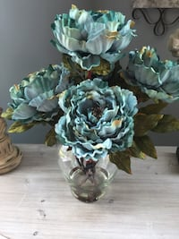 Blue artificial peony flowers centerpiece