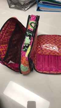 vera bradley makeup bag Rockville, 20852