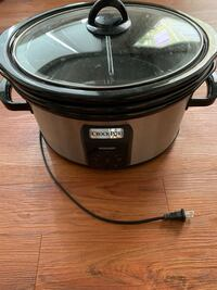 Crockpot with 3 different bowl styles and clear lid Washington, 20016