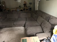 Microfiber sectional couch Mountlake Terrace, 98043