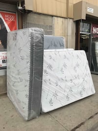 Mattress  Chicago, 60651