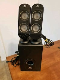 Computer speakers and subwoofer work perfectly Victoria, V9A 6A6