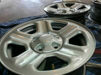 2013 jeep wrangler wheels practically (NEW) Tolland, 06084