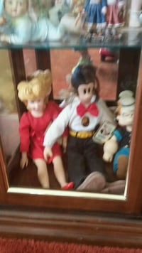 two white and black dressed dolls Stockton, 95209
