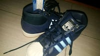 new boys addidas shoes sz 5 blue Charlotte, 28270