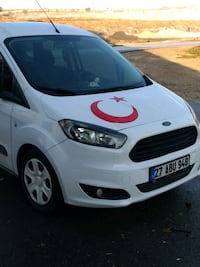 Ford - Courier - 2015 9244 km